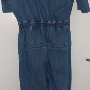 Super flot jeans buksedragt.