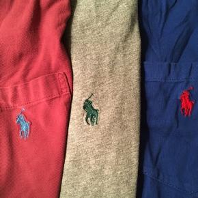 SÆLGES SAMLET: 3 t-shirts fra Ralph Lauren sælges SAMLET i størrelse medium/large. I upåklagelig tilstand. I farverne Bordeaux, grå og kongeblå.