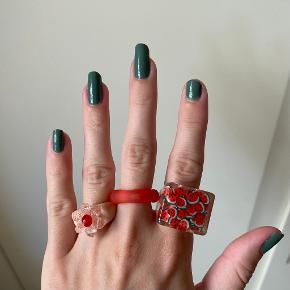 One Vintage ring