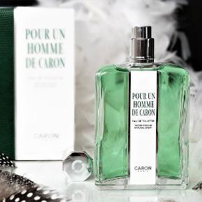 """Brand: Caron Varetype: Ny """"Pour un Homme"""" EDT Parfume Størrelse: 75 ml. Kun testet med et enkelt spray."""