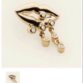 """Her sælges den sødeste lille Mouth ørering i 18k forgyldt sølv med 7 diamanter.  Altså EN ørering.   Brugt 2 gange (2 aftener) og fremstår som ny.  Sælges stadig på """"Figaros Bryllup""""'s website til 1800kr.   Ingen bytte."""