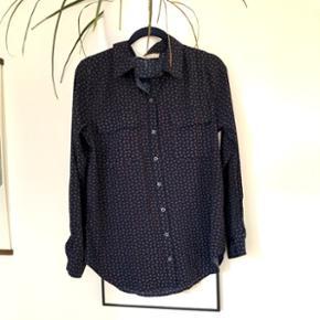 Skjorte str. L med superfint mønster!