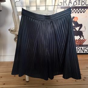 Mark Kenly Domino Tan shorts