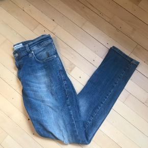 Just junkies jeans sælges for min kæreste. Str 32/32. Byd