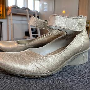 Luze heels