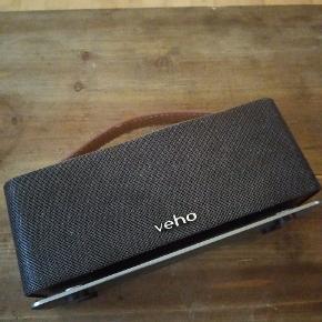 Bytter ikke   VSS-012-M6 - 360° Mode Retro Wireless Bluetooth Speaker  https://www.compumail.dk/da/p/veho-360-m6-mode-retro-solv-brun-hojttaler-988200885?utm_source=pricerunner&utm_medium=cpc&utm_campaign=pricerunner