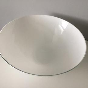 Holmegaard Cocoon skål 30 cm. Velholdt. Har et næsten ikke synligt skår i kanten 🌸 Giv et bud🌸