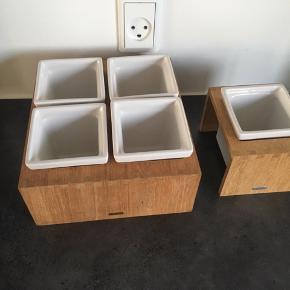 Rigtig god stand  Trip trap  4 rum eller 1 rum  Kan bruges til krydderurter eller snack skål  Adventstage osv.