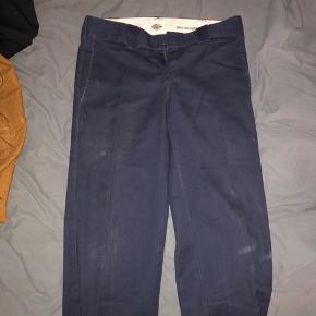 Navy dickies bukser  28x30 150kr