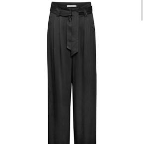 Gestuz bukser