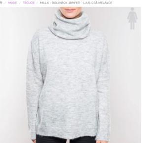 BYD   Har den i mørkeblå. Sælges da jeg er allergisk over for uldet. Købt til 369kr Sælges til mindst, 80kr. Sender med Dao📦📬 Bytter gerne🤗🌸