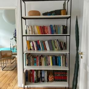 Handmade shelf. I have 2 of them. Each cost 3500 kr