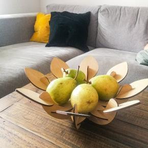 """Spritny """"Leaf Bowl"""" (frugtskål) fra Northmodern, Rune Elmgaard. KUN afhentning."""