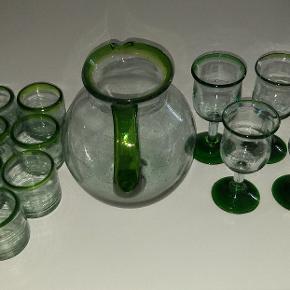 Super lækker glas sæt med 8 glas 5 vinglas og stor Kande i lækker kvalitet sendes ikke med posten