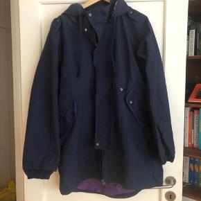 Super lækker jakke, brugt få gange. Nypris 1400 kr.