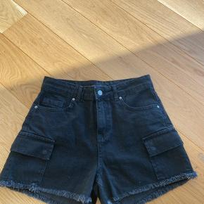 Dilvin shorts