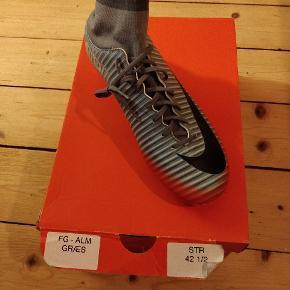 Nike Mercurial fodboldstøvler