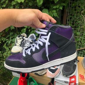 """Brugt 2 gange. Virkelig flotte sko!  Modellen hedder """"grand purple"""" str 44.5"""