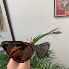 Solbriller fra Monki - sælges for 50kr✨