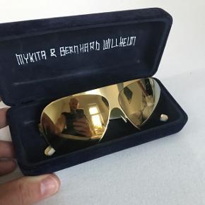 Super fede guld-solbriller fra Mykita & Bernhard Willhelm