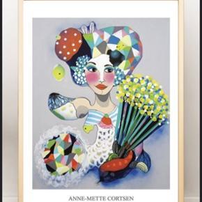 Helt ny plakat (kunsttryk) fra Anne-Mette Cortsen sælges  Billedet hedder morgenfryd  Har aldrig været hængt op - kun ligget i rør til beskyttelse.  Uden ramme.  Mål: B2 50x70 cm  Mindstepris 300kr.  Ny pris: 390kr.
