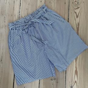 Munthe shorts