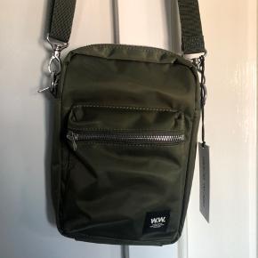 Helt my WW taske. Sælges da jeg også fik bæltetasken og bruger den istedet :) Prismærke sidder stadig på.