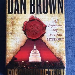 Dan Browns 'Det Forsvundne Tegn'. Læst en enkelt gang - fremstår derfor som ny.