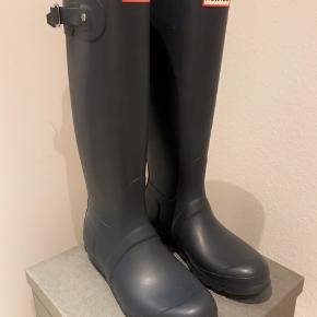 Sælger disse Hunter gummistøvler.  ALDRIG BRUGTE.