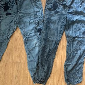 2 par bukser fra subculture De lidt lysere str 42 De mørkere str 40  Frit valg 75,- pr stk- ellers tag begge for kun 100,-