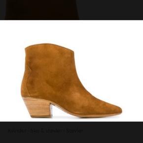 Super smukke camel farvede støvler.  Små i størrelsen. Helt nye