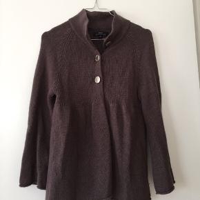 Sød trøje over noget, når det bliver koldt 💓😍