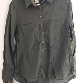 Byd gerne. Sælger ud af mit tøj, kan godt lave en samlet pris for køb af flere stk. tøj