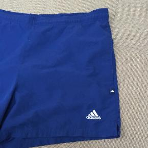 Fine vintage Adidas shorts, fejler intet