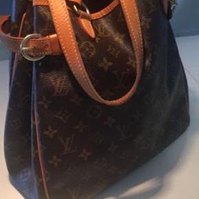Louis Vuitton Batignolles Vertical sælges - velholdt og med god plads indeni samt sidelomme indeni. Har kvittering.  Jeg handler kun via mobilepay.