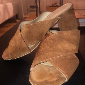 Stig P heels