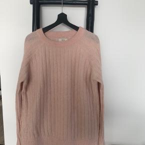 Lækker sweater fra Envii🤗🌸