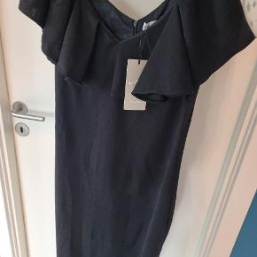 Lucy Wang kjole