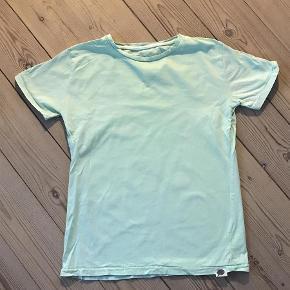 Varetype: T-shirt Størrelse: 12år Farve: Grøn  Bytter ikke
