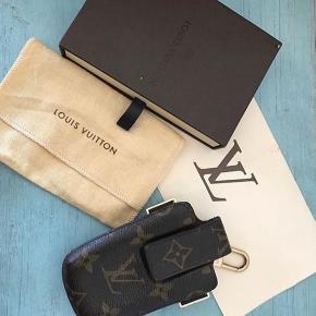 Vintage LV telefon holder  Som ny  Nypris 1700 kr  Sælges for 900kr
