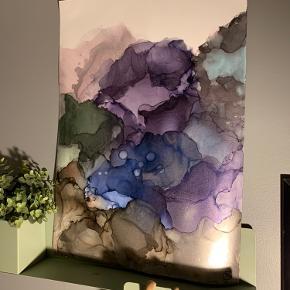 Unika maling/ forskellige medier på A2 papir. Lavet af mig selv, Camilla West Video kan sendes så man bedre kan danne sig et indtryk af form og farver. Maleri plakat