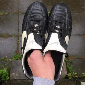 Nike fodboldstøvler - Str 42.5