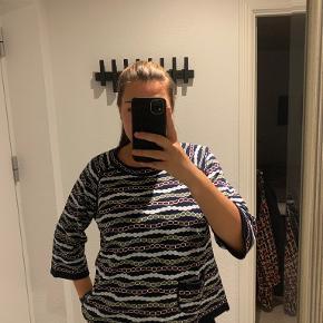 Lind sweater