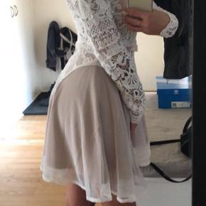 Smukkeste kjole. Aldrig brugt. Du vil ikke fortryde det 😍