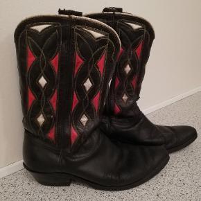 Vintage cowboy boots fra Mexico, til kvinder. Rimlig godt stand men elsket