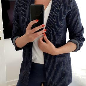 Moca Clothing blazer