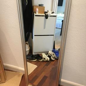 Spejl med sølvramme  127cm høj 47 cm bred
