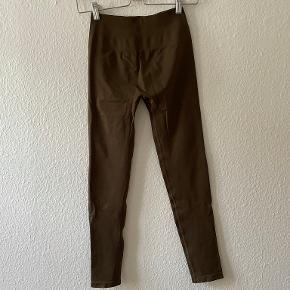 Alphalete Bukser & tights