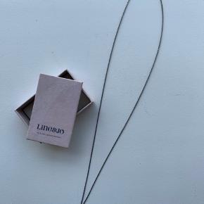 Super fin Miss Neason halskæde fra Line&Jo - købt for et par år siden, men kun været brugt et par gange.  Nypris: 1250,-  Byd