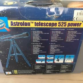 Teleskop Astrolon 525 power.